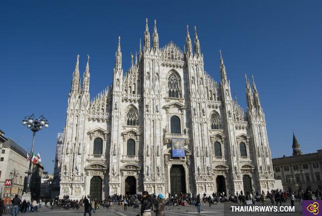 Vé máy bay đi Milan