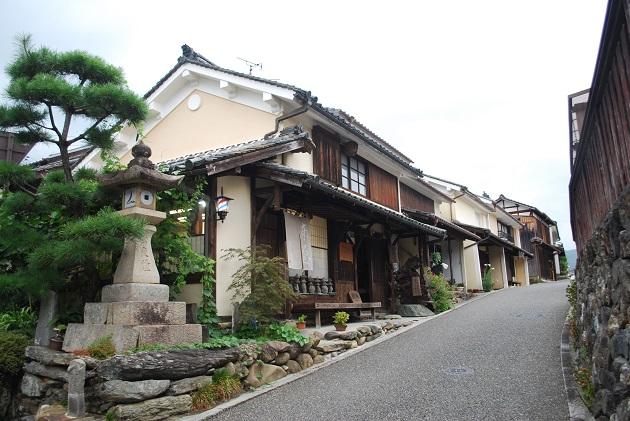Ngắm nhìn những thị trấn đẹp nhất Nhật Bản