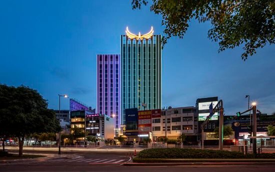 Có gì đặc biệt tại khách sạn Mường Thanh Luxury Sài Gòn?