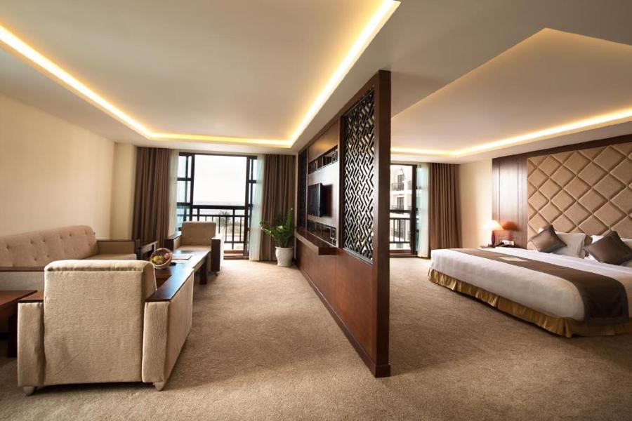 Phòng executive suite Khách sạn mường thanh hội an
