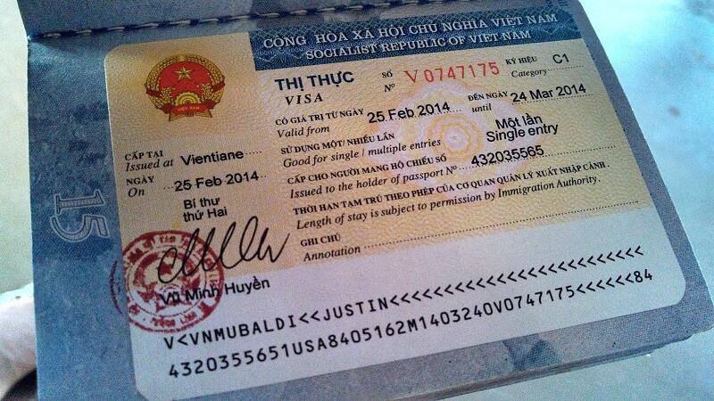 Visa cho người nước ngoài có vợ chồng là người Việt Nam